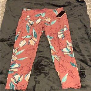Calia by Carrie Underwood leggings